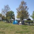 テントなどを持ち込んでのんびり!