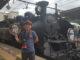 鬼怒川温泉駅でSL大樹と記念写真