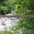 つり橋から滝と反対側でも遊べるよ~