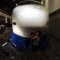 新幹線100系と記念写真