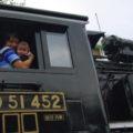SLに乗って記念撮影
